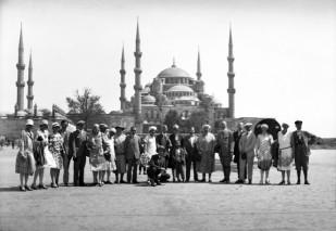 Sultanahmet_Meydaninda_turistler