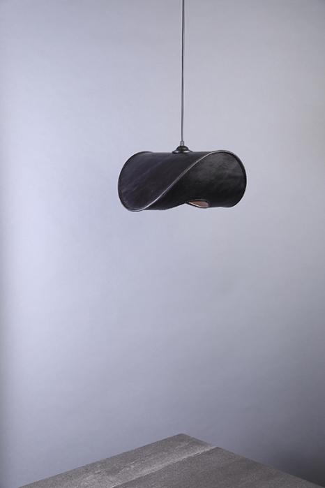 1492167749_pomstore__Uniqka_ZERO_LAMP_ONE_jet_black