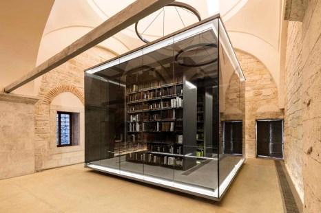 1526025111_05_Book_Shelves_Emre_D__rter