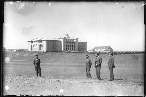 Gazi Eğitim Enstitüsü yapısı ve çevresi, Ankara, 1930'lar Niyazi Altunya Arşivi