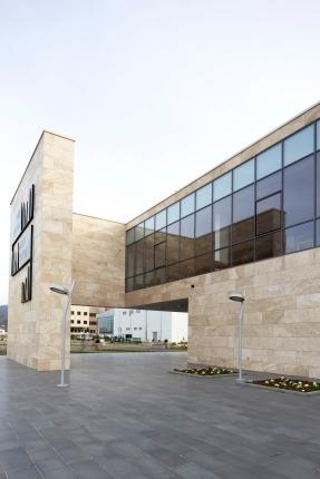 Kütüphane_dış (18)