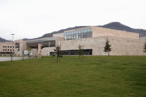 Kütüphane_dış (9)