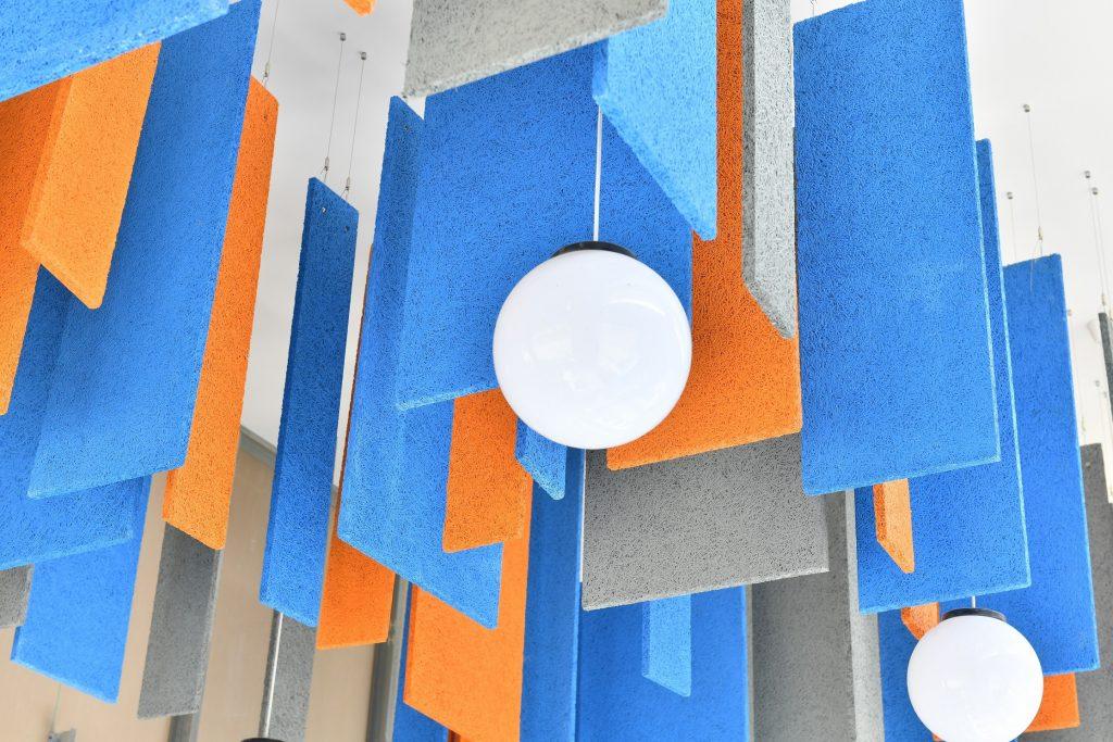 (Knauf)'tan Çevreyle Bütünleşen Akustik Çözümler: Heradesign…